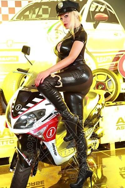Channel Fashion  MILANO 3533726200